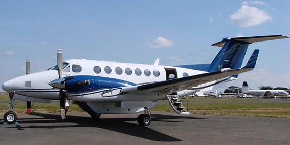 Beechcraft King Air 300
